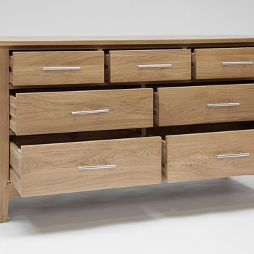 Hereford Oak 3 Over 4 Chest 2