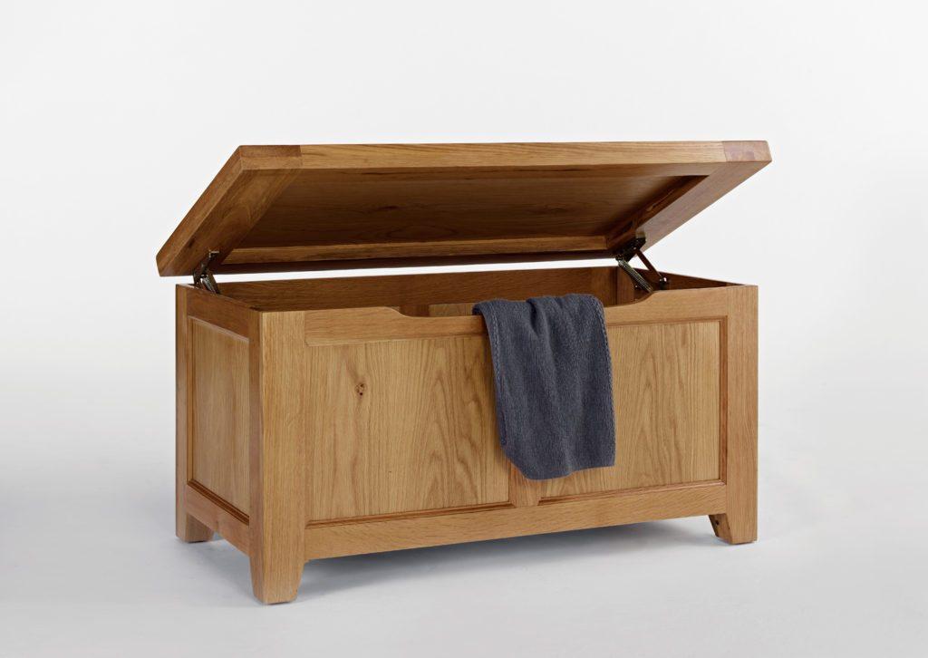 Devon Oak Blanket Box