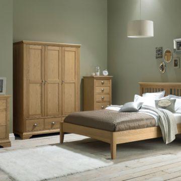 Hampstead Oak Double Bedstead