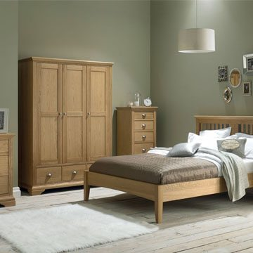 Hampstead Oak King Size Bedstead
