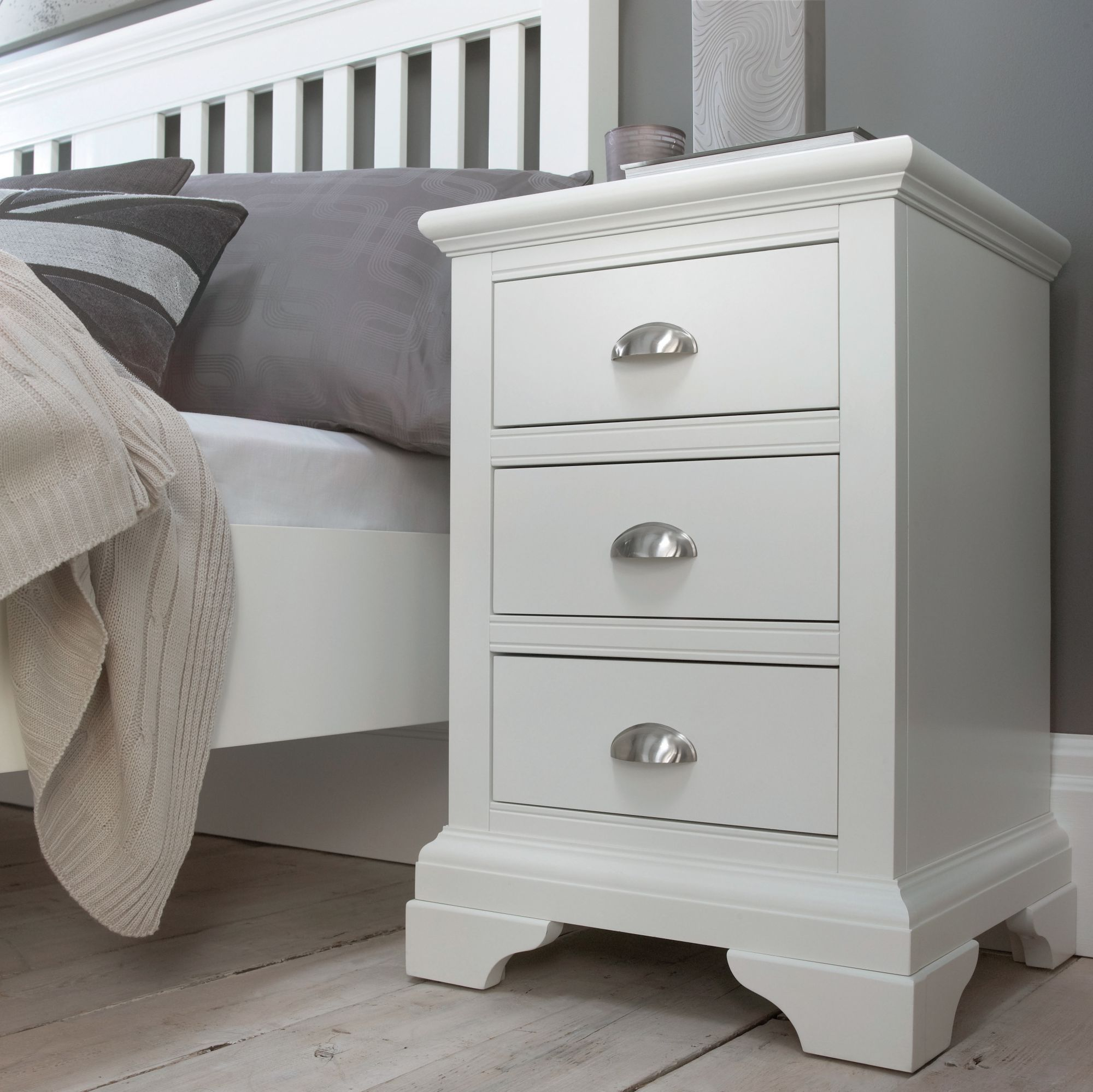 hampstead white 3 drawer nightstand. Black Bedroom Furniture Sets. Home Design Ideas