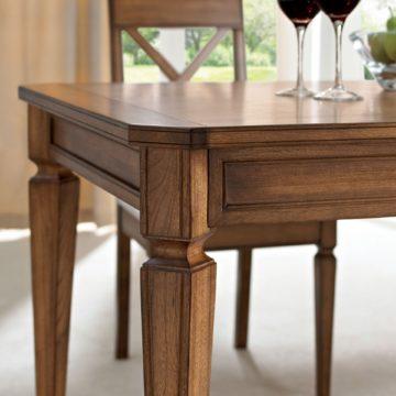 Sophia Oak 4-6 Extension Dining Table