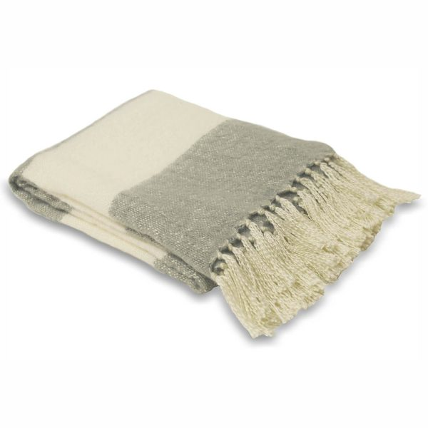 Cotswold Dove Grey Throw