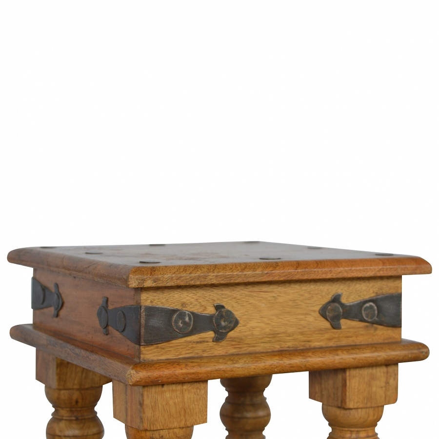 Mango Hill Baby Coffee Table