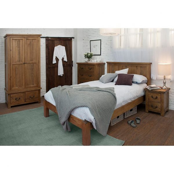Gresford Rustic 2 Door 2 Drawer Wardrobe