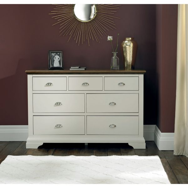 Hampstead Soft Grey & Walnut 3+4 Drawer Chest