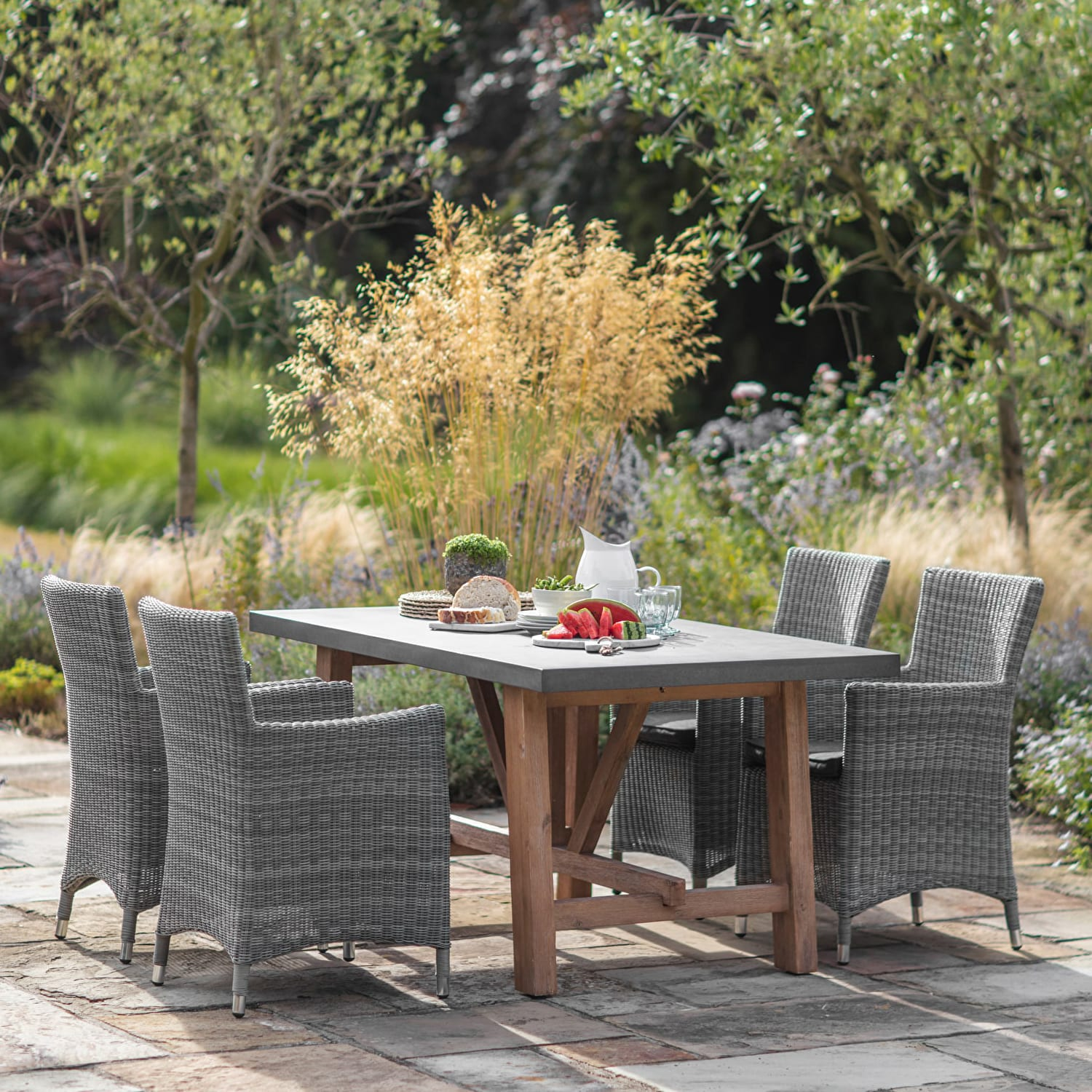 Chilson Table | Garden table and chairs