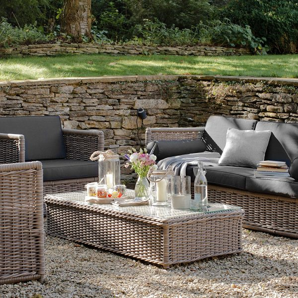 Harting Sofa Set