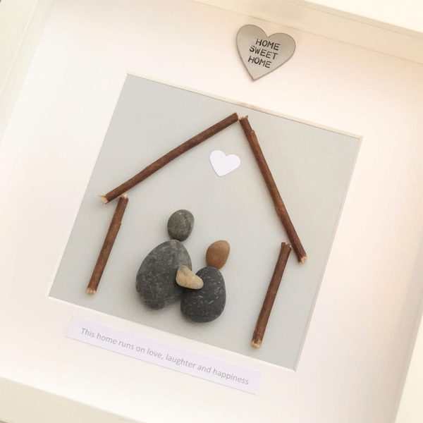 'This Home Runs On Love Laughter & Happiness' Pebble Picture