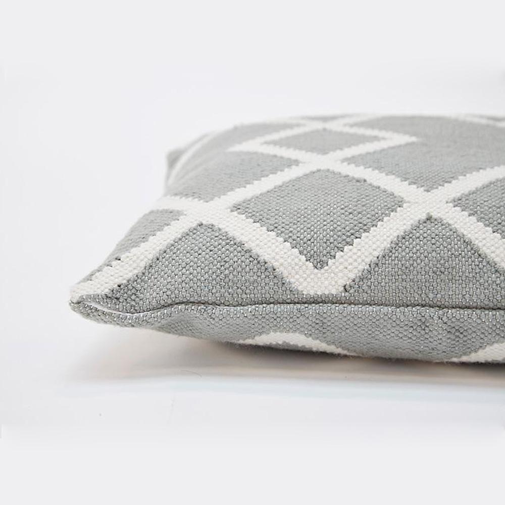 Juno Cushion