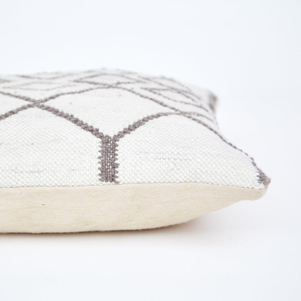 Median Tangier Cushion
