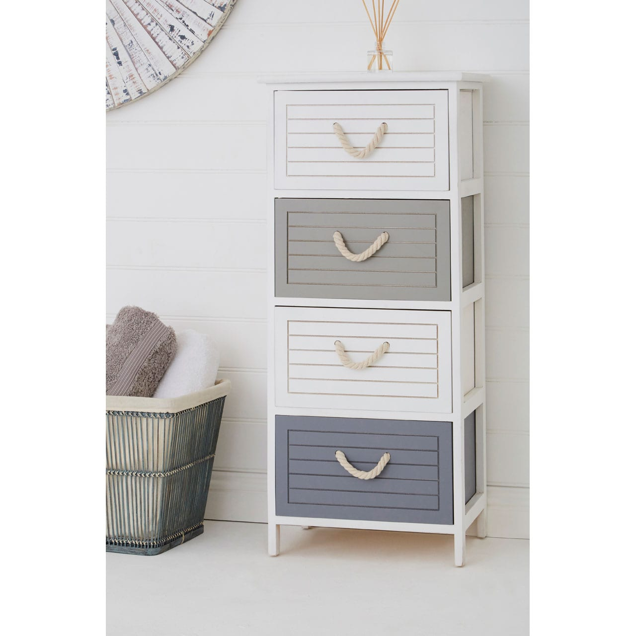 Maryland 4 Drawer Chest