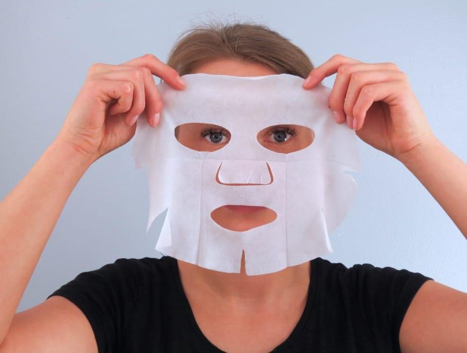 Jet Set & Go Face Mask