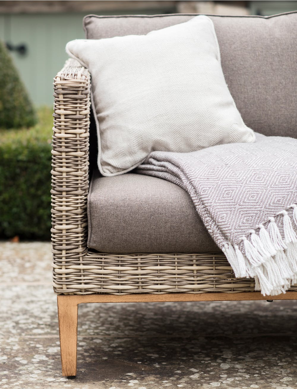 Walderton Corner Sofa Set